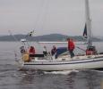 Calle med familjen i deras fina båt Acapella