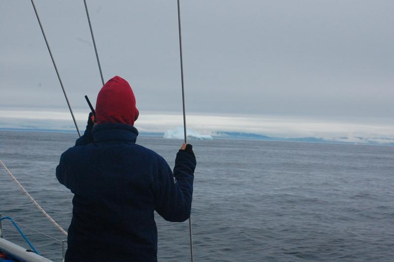 Radioprat; hur ska vi gå... vilken sida om isberget...visst är det fint...