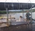 Så här hissas alla båtar upp när det är dags att förtöja. Finns inte många bryggor.