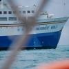 Vi kryssade oss fram mellan alla stora fartyg