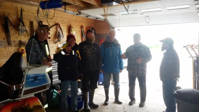 """Öl i garaget för """"grabbarna"""""""